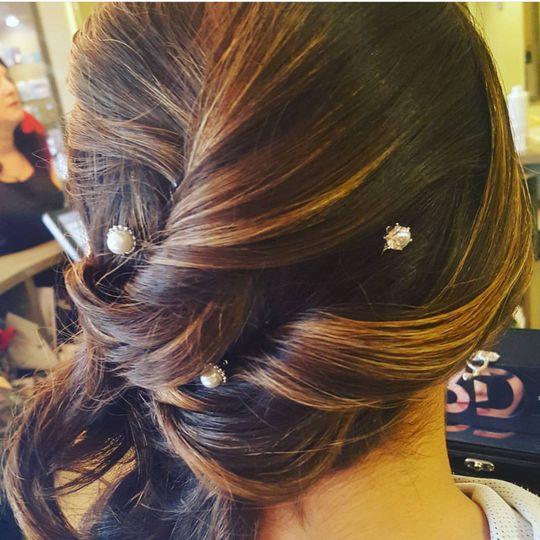 Pearls in hair