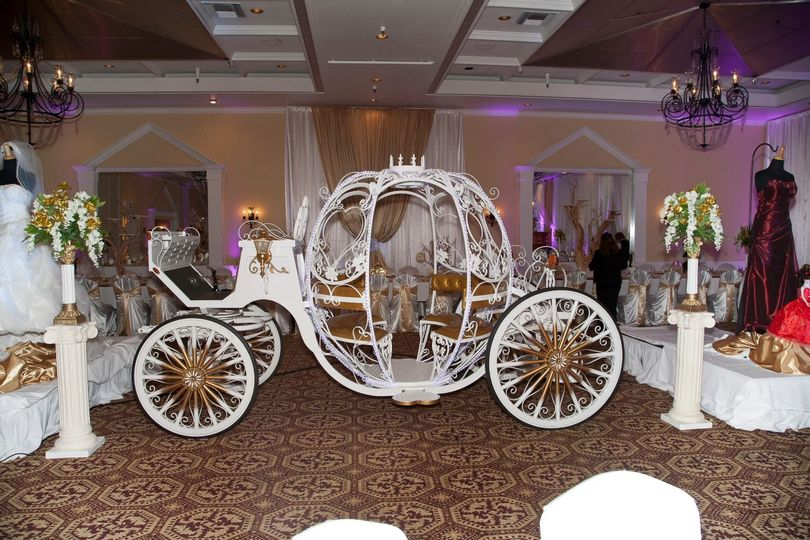 Cinderella carriage as a static display for wedding, San Jose, CA