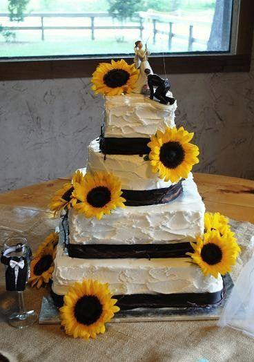 Tmx 1343922469903 WillowLakeSunflowerCake Springtown, TX wedding cake