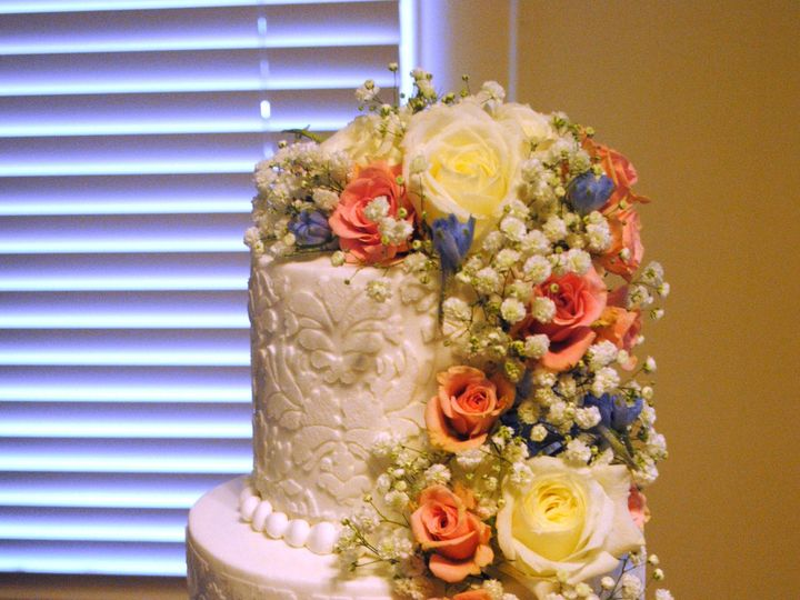 Tmx 1435010383060 Damasklaceweddingcake Coralweddingcake2 Springtown, TX wedding cake