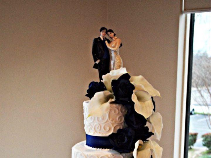 Tmx 1454432645079 Navyandwhiteweddingcake Springtown, TX wedding cake