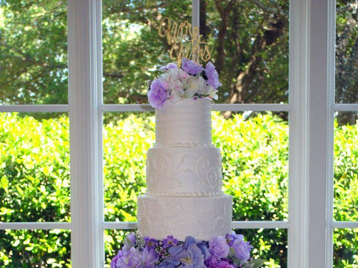 Tmx 1531423197 0d5b65ccd8fca40c 1531423196 Cde4526e4d873d7d 1531423183405 12  Purplefloraltier Springtown, TX wedding cake