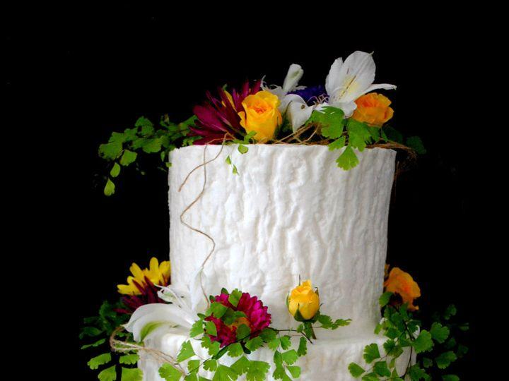 Tmx 1531423202 1da72aa5a465bbeb 1531423200 83b27e2c4e1cde6c 1531423183479 16  Whiteoakweddingc Springtown, TX wedding cake