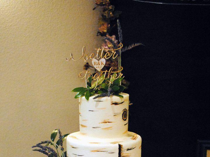 Tmx 1531423395 D9da5dd22daaef87 1531423393 28b48c57f7ff54fd 1531423384813 19  Birchtreewedding Springtown, TX wedding cake