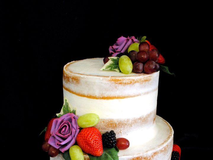 Tmx 1531423397 3c6949a14eafe676 1531423394 98e4e2589fd781c0 1531423384871 26  Nakedcakewithpur Springtown, TX wedding cake