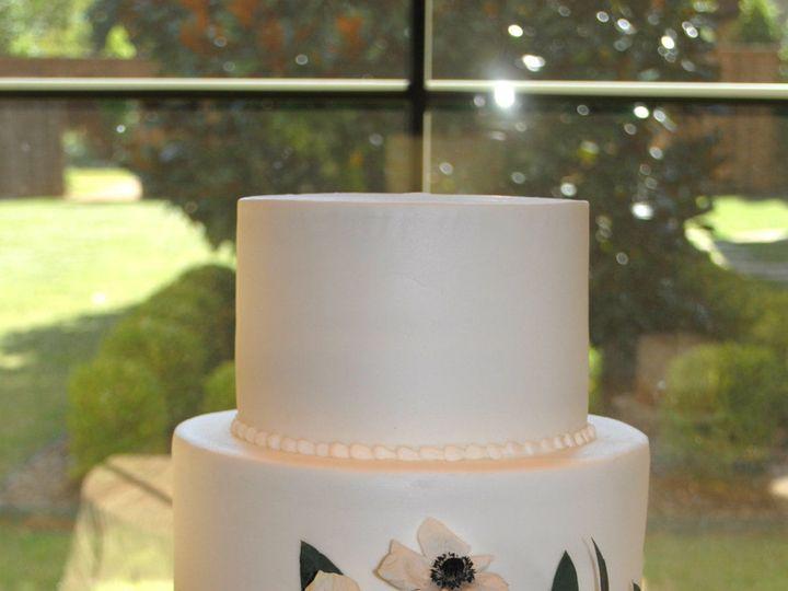 Tmx 1531423401 C6e123a0cf73a268 1531423399 31d511c389eafdd0 1531423384895 29  Navygeometricwed Springtown, TX wedding cake