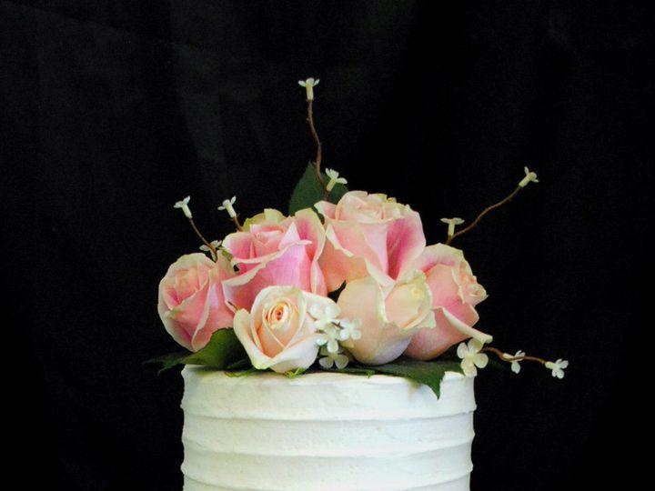 Tmx 1531423402 563282be36ee720c 1531423400 Dde11eb01bcc5569 1531423384919 32  Pinkribbedweddin Springtown, TX wedding cake