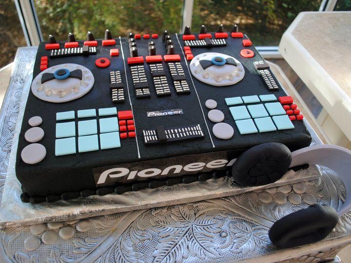 Tmx Mixerboardcake 51 368031 157444429231763 Springtown, TX wedding cake