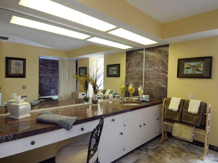 Tmx Bridal Suite Bathroomsugarloaf 51 1000131 V1 Philadelphia, PA wedding venue