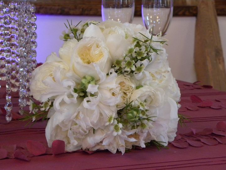 Tmx 1354995594864 DSCN0421 Belmont, North Carolina wedding florist