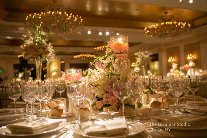800x800 1374690050615 Garden City Hotel Ballroom Photo Credit Fred Marcus  Photography 7x5; 800x800 1374690109518 Jjj1587 ... Good Ideas
