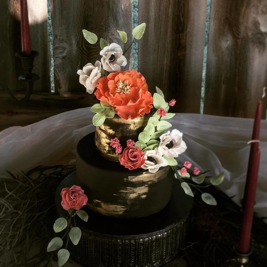 Dramatic black wedding cake