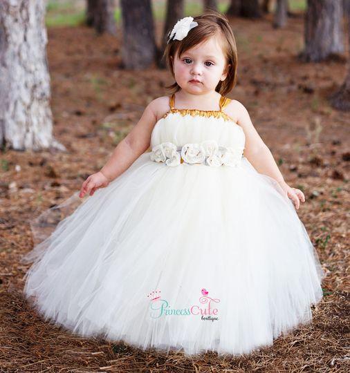 Houston flower girl dresses junoir bridesmaid dresses for Wedding dresses on harwin in houston texas