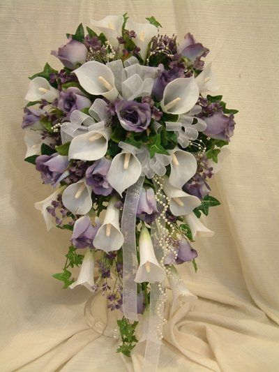 Most Popular Calla Lily/Rose Bud Design!
