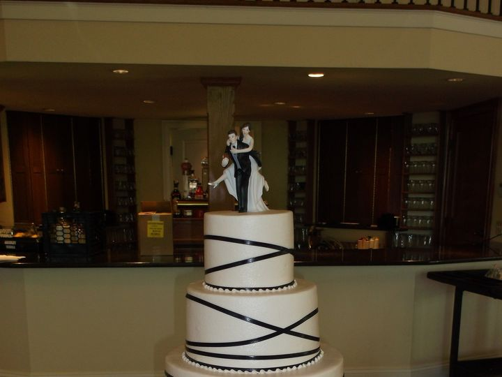 Tmx 1455547810485 Navy Ribbon Wrap Middlefield, CT wedding cake