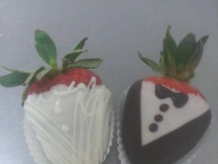 Tmx 1460057458972 Kim5 Middlefield, CT wedding cake