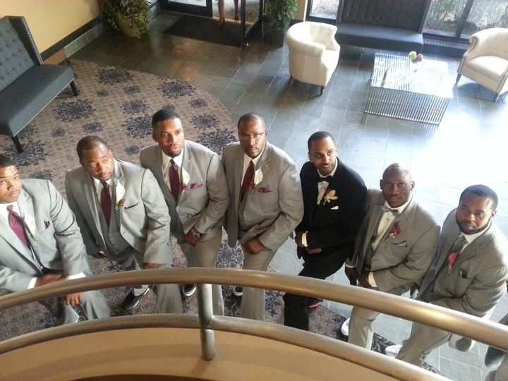 The groom and his court