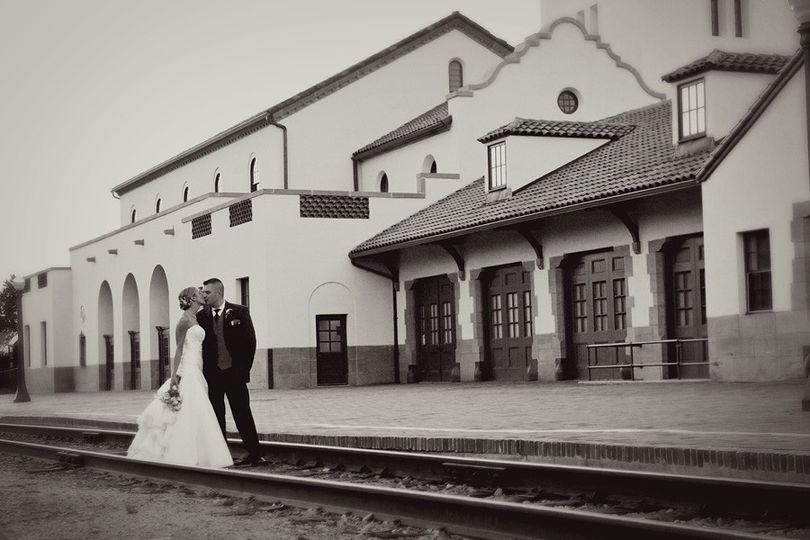 wedding photos boise train depot