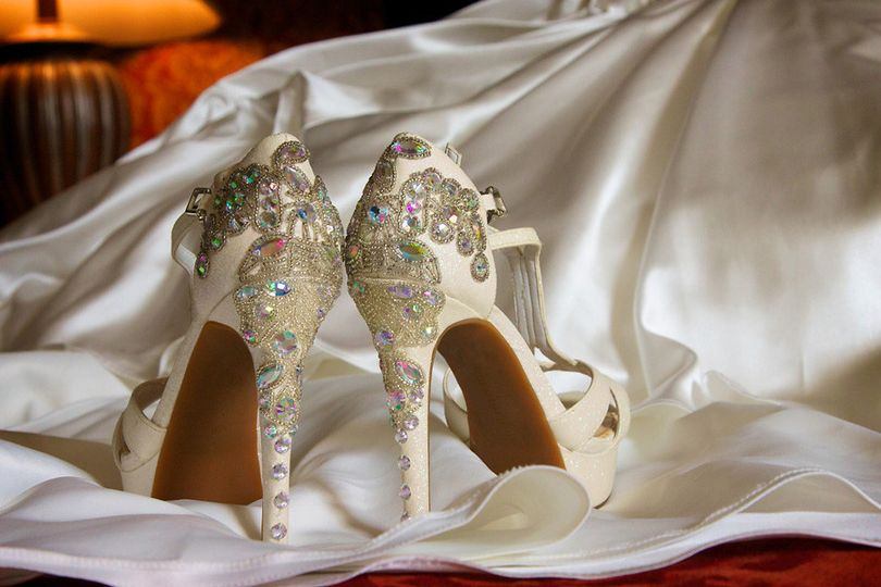 photography for wedding shoes