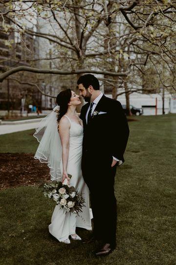 rachelmichaellake erie building cleveland weddingm