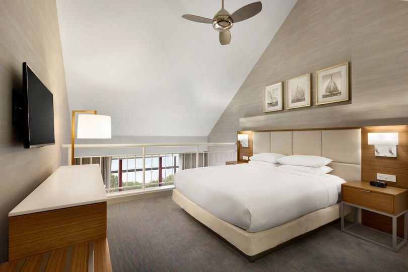 Interior view of the DoubleTree Suites by Hilton Hotel Boston - Cambridge