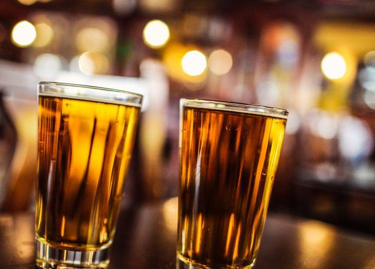 glasses of beer 000084721065full