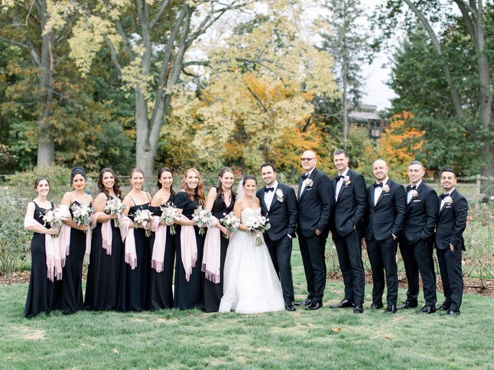 Tmx Molly And Larry 14 51 933331 160433642229655 West Hartford, Connecticut wedding florist
