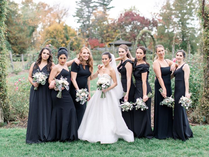 Tmx Molly And Larry 18 51 933331 160433642813616 West Hartford, Connecticut wedding florist