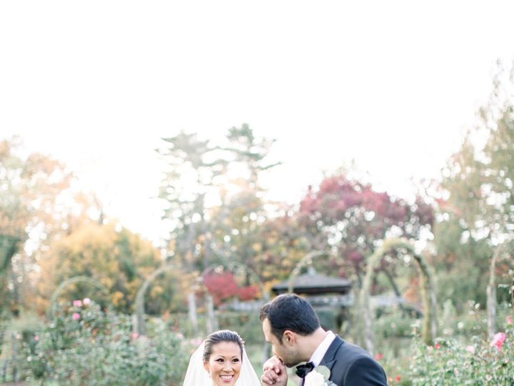 Tmx Molly And Larry 27 51 933331 160433644082367 West Hartford, Connecticut wedding florist