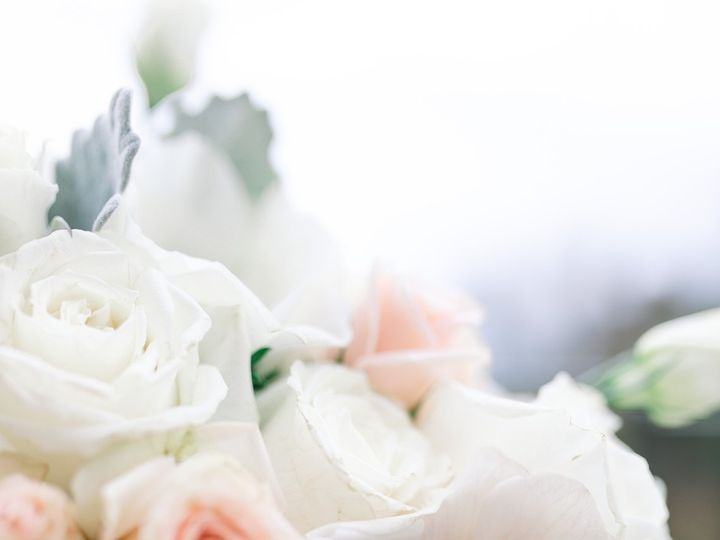 Tmx Molly And Larry 40 51 933331 160433645147393 West Hartford, Connecticut wedding florist