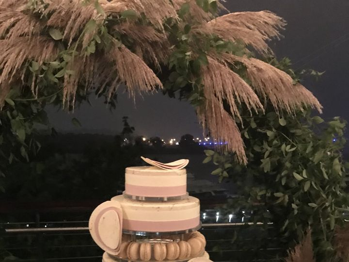 Tmx C76b8079 E277 498c 9f0d 383835471de8 51 1034331 Baltimore, MD wedding cake