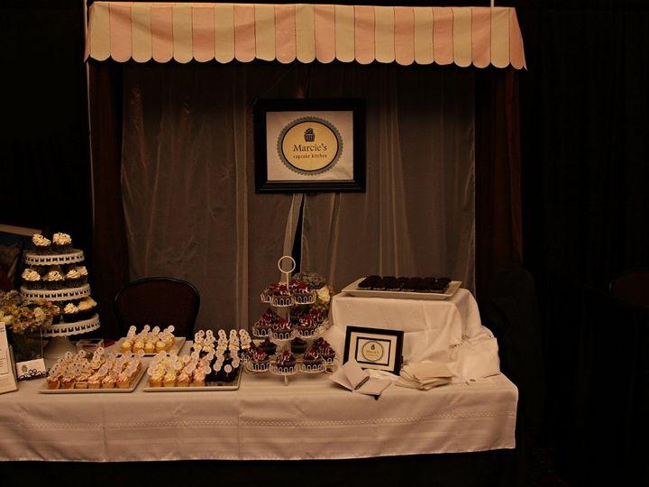 Tmx 1360769977694 RollingHillsCasinoBridalShow197 Orland wedding cake