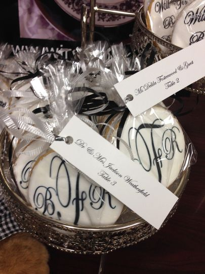 Escort cards and the cookie favors