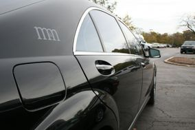 M&M Limousine and Bus Service
