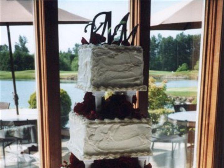 Tmx 1248227301187 Cake0003 Sequim wedding cake