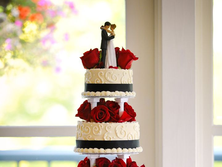 Tmx 1429064129948 Cake 1 Sequim wedding cake