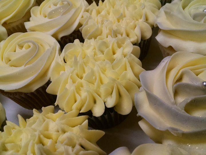 Tmx 1429064376729 Img20141212125712965 Sequim wedding cake