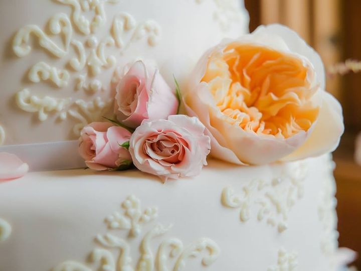 Tmx 1429064427366 Jill Os Wedding Cake Close Up Pt Townsend Fort W C Sequim wedding cake