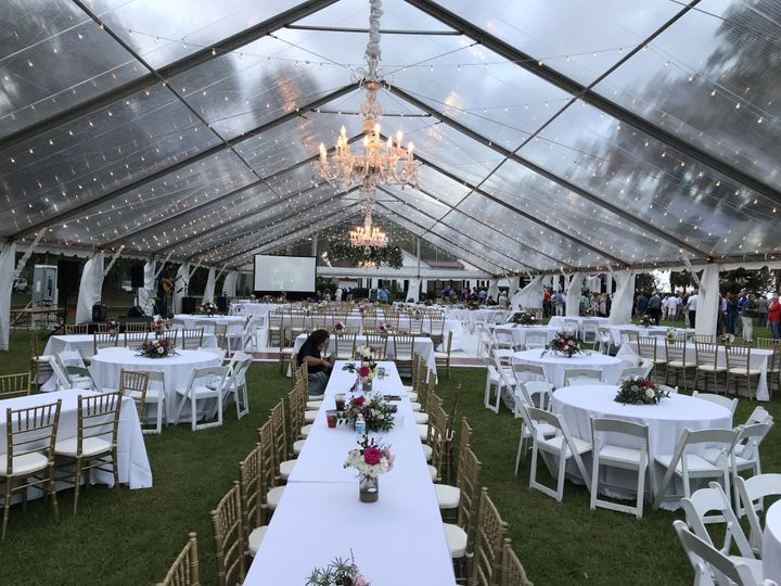 425 person wedding set up