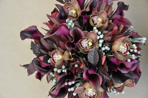 Calla Lillies 'Hot Chocolate', Cymbidium Orchid 'Choco Bear', Silver Brunia, Pear leaves,...