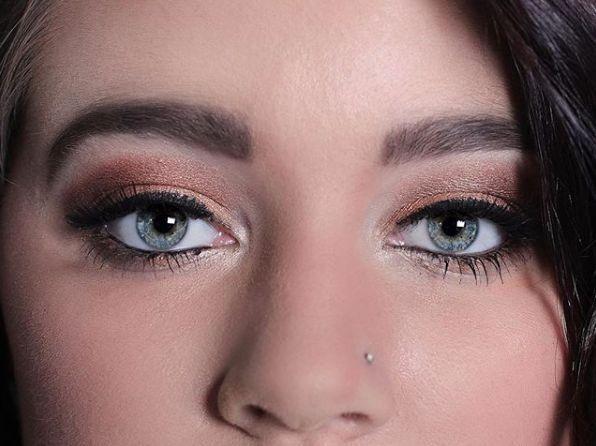 Smokey eyes with shimmer