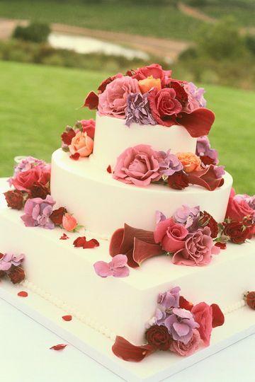 Weddings by: Niceliece