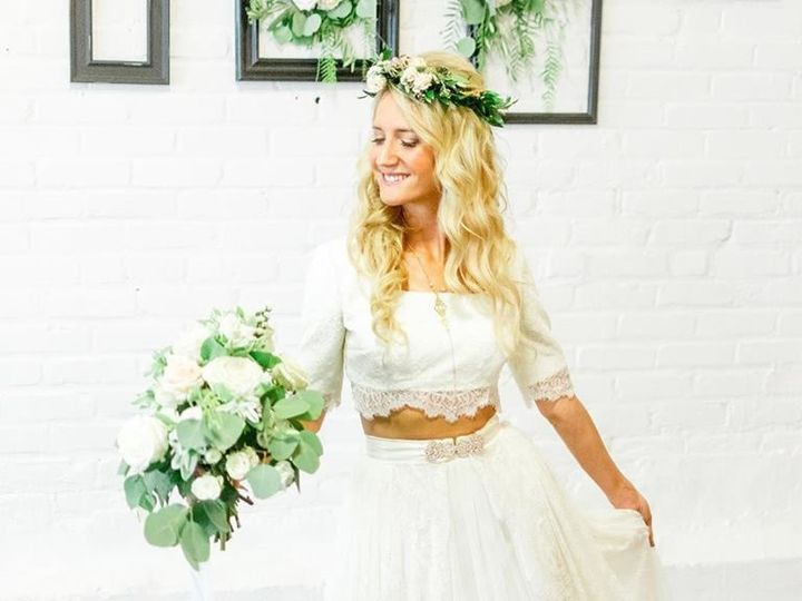 Tmx 1538422997 Ed0c7af3eef79c41 1538422996 67d8b507ebf925b7 1538422995790 3 Image Boston wedding florist