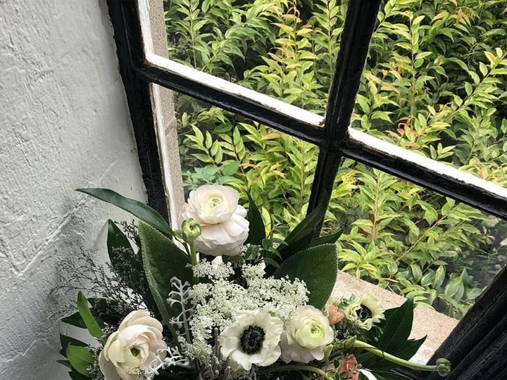Tmx 1538423343 4a2345be47ae91db 1538423341 Aff53dc000446533 1538423340291 10 Image Boston wedding florist