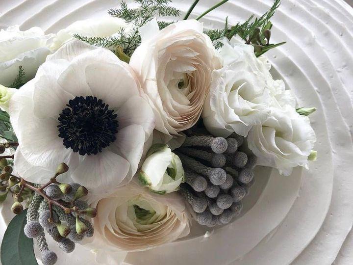 Tmx 1538423391 00459a40a303f9b6 1538423390 B3c379da76f2c1b4 1538423388071 11 Image Boston wedding florist