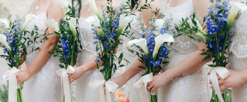 Simple and airy bridesmaids designs