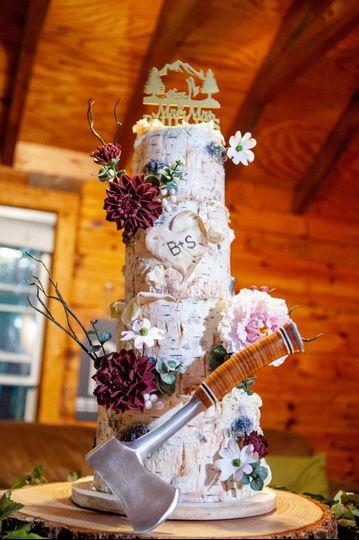 birch bark wedding cake gum paste flowers lake placid wedding bespoke wedding cake rustic wedding cake custom cake design adirondack wedding destination wedding the fancy cake box 51 908431 161538177369716