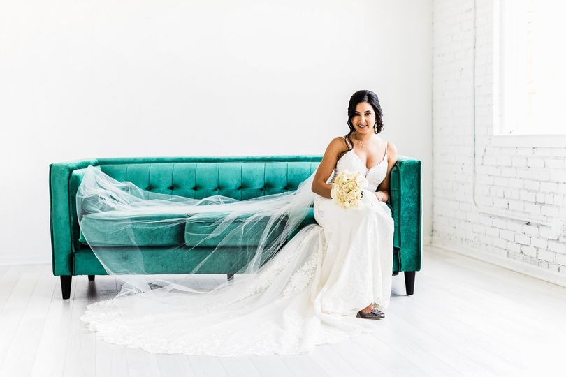 martinaliana wedding dresses scott aleman photography dallas 51 658431 1562793372