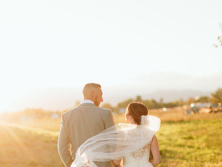 Tmx 1522878593 3d3d43e936cd8993 1522878590 832886a66c283bcb 1522878583677 9 Caitlin Rezac Favo Longmont wedding planner