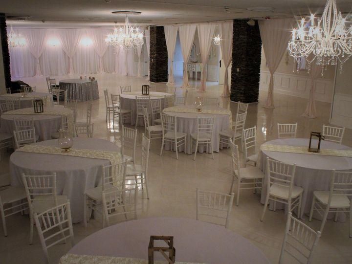 Tmx 1528264355 Db0f14d6138886a8 1528264352 B2e73368574c4b1f 1528264351238 2 Main Room Statesville, North Carolina wedding venue